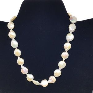 Jewelry - Freshwater creme coin pearl necklace - Handmade